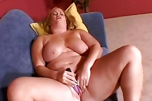 large breasted golden-haired mother i masturbates