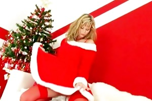 blonde d like to fuck does a christmas undress