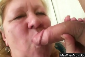 boyfriend caught cheating with her plump old mommy