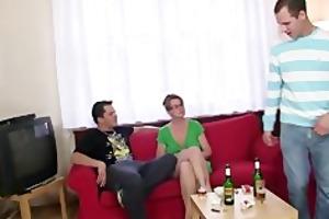 anal loving mama jumps on shlong