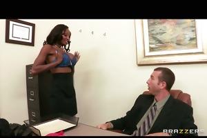 ebon brassiere model diamond jackson shows her