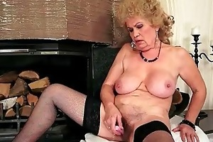 wicked busty granny masturbating