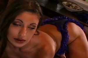mother i nipps and pussy pierced lesbo fucking