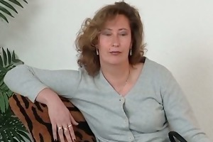 older doxy in nylons use large sex-toy