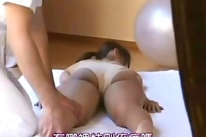 spouse let wife be fucked by masseur 002