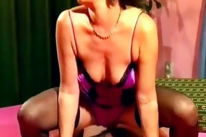lascivious aged slut receives wet twat screwed