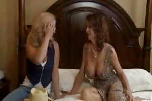 breasty d like to fuck deauxma squirting in