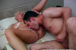 hawt slutty mom wakes stepson with a fellatio