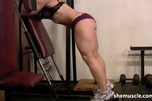 mature golden-haired works legs in the gym