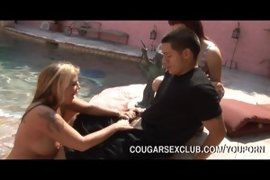 cougar sex club hunt guy