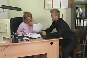 office lady receives drilled him hard