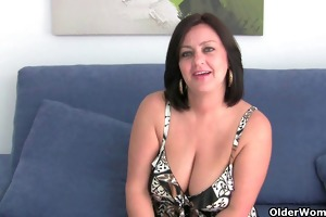 large boobed soccer mommy abigale rubs one out
