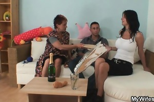 wife leaves and old bag easily seduces him