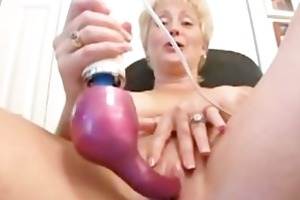 magic wand orgasms swinger mommy tracey