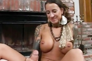 round bigtits tattooed mommy fireplace part5