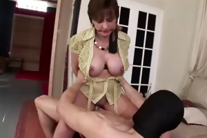 aged tied brit lady sonia fuck and spunk fountain