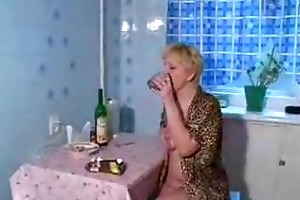 drunk aged mama fucked by juvenile son